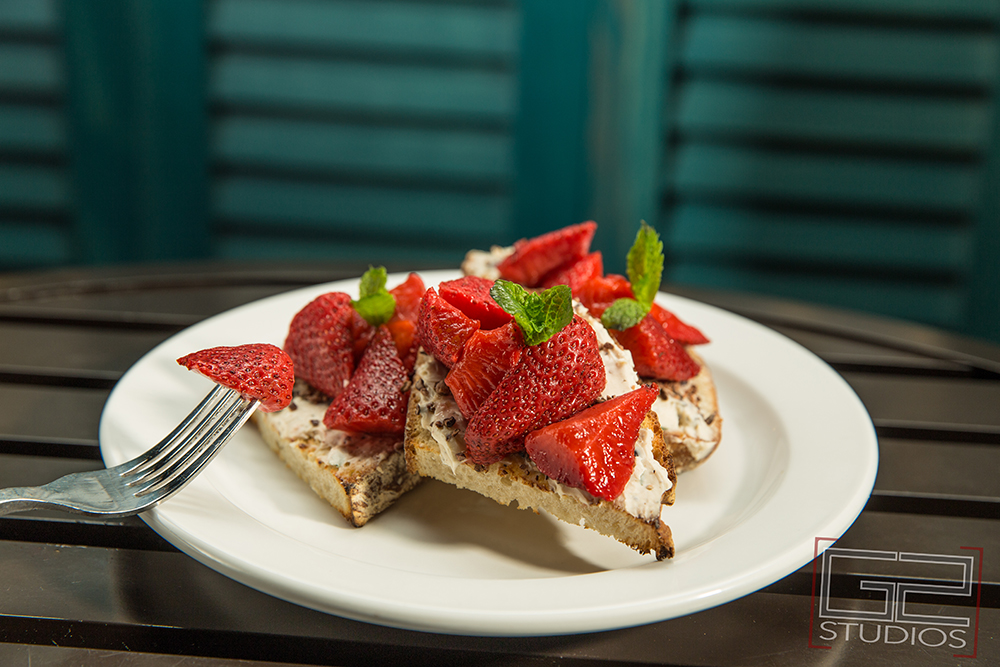 Burn By Rocky Patel Summer Menu Photos by G2 Studios, Pittsburgh, PA commercial, advertising, culinary photography, strawberry dessert
